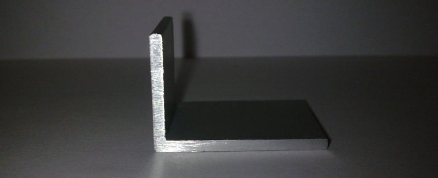 алюминиевый неравнополочный уголок